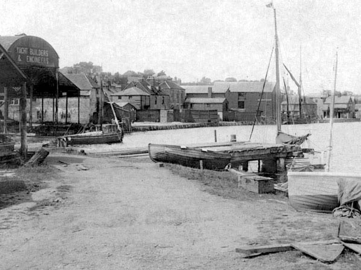1907 Lymington Shipyard