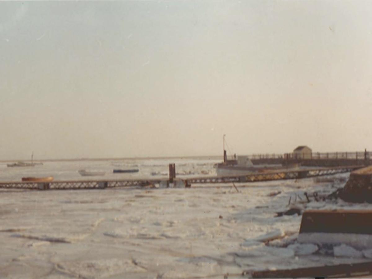 LTSC-Pontoon-Frozen1963