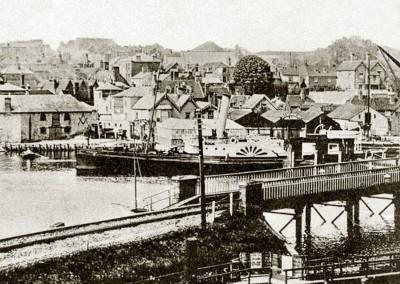 1910 Paddle Steamer