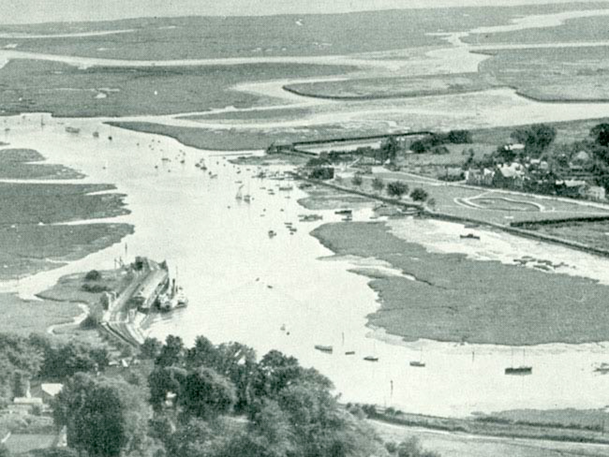 1930s Lymington River
