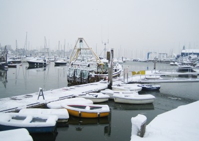 lymington-town-quay-snow-02_12_2012